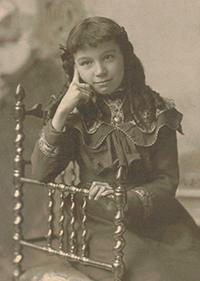 Hilda Kern ca.1905